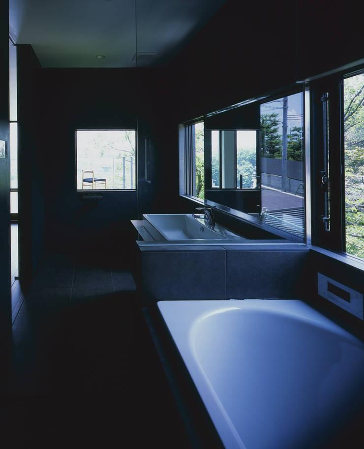 枚方の家: 株式会社CAPDが手掛けた浴室です。