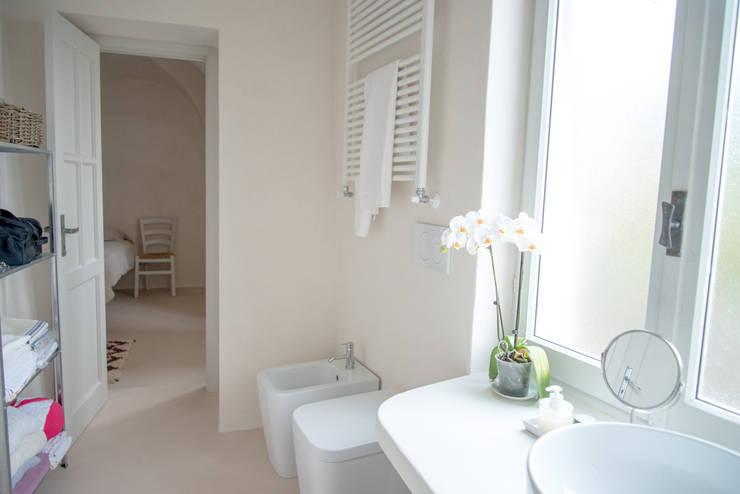 Baños de estilo  por con3studio
