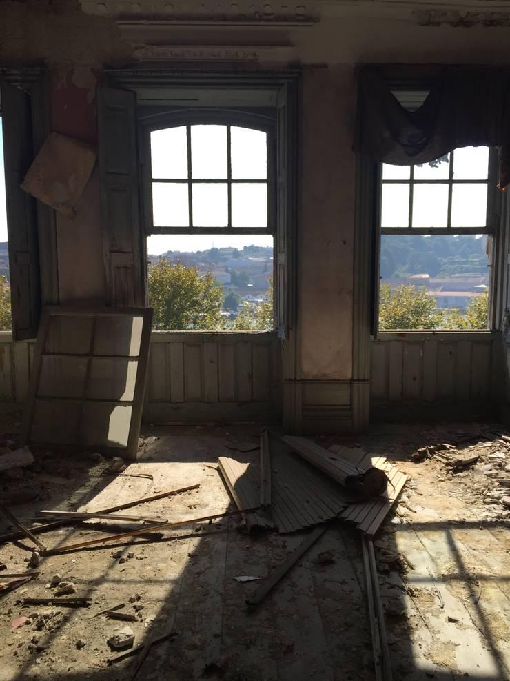 Loft - Casa Porto 2015 - ANTES:   por ANTARTE