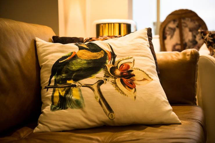 Sala: Salas de estar  por Falchetti Concept