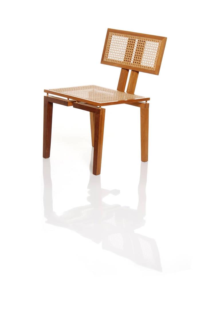 Cadeira BEL em palhinha indiana trançada a mão: Sala de jantar  por LLUSSÁ Mobiliário de design
