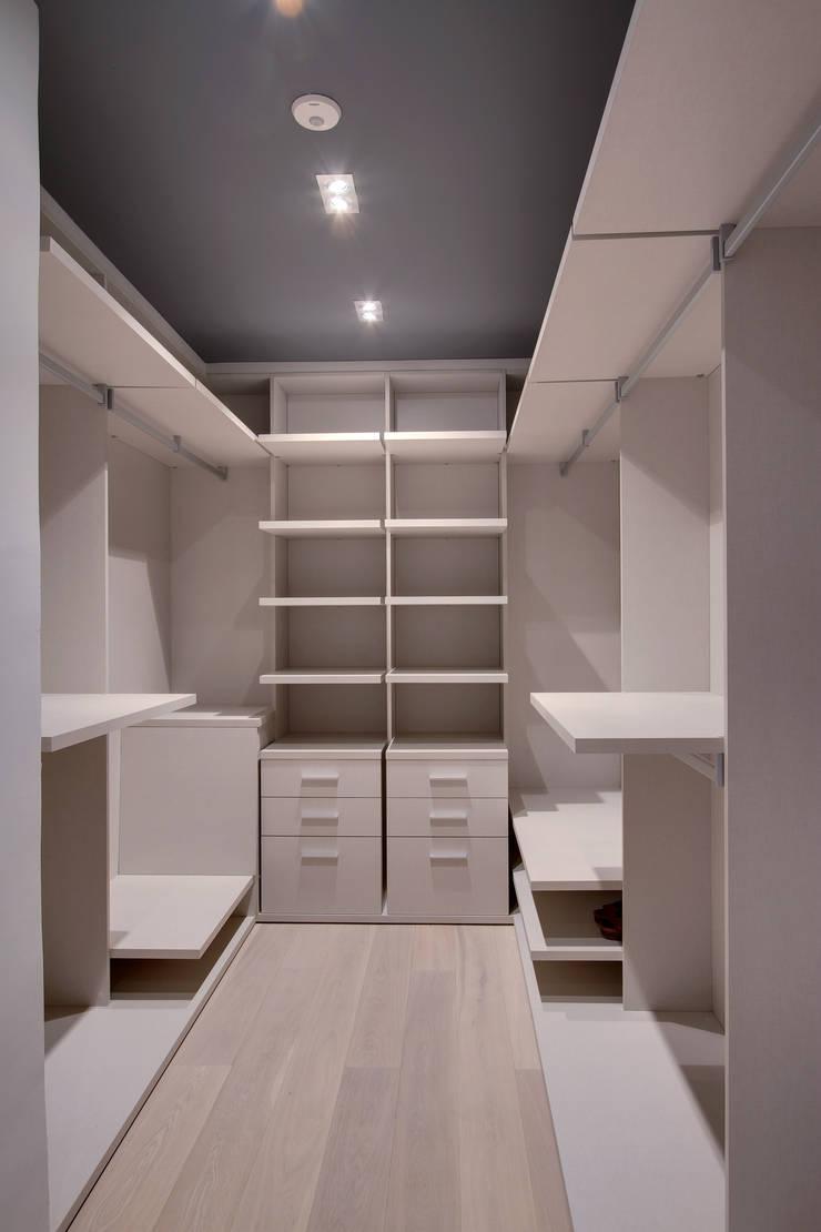 Kamar Tidur oleh OAK 2000, Modern