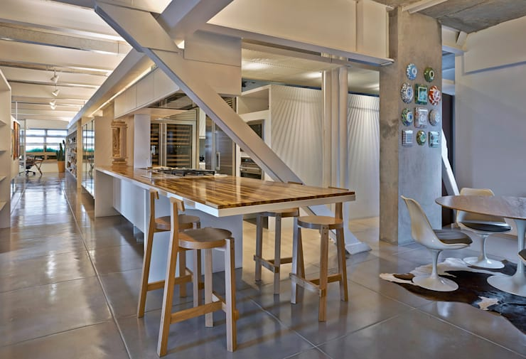 Cozinha: Cozinhas  por Piratininga Arquitetos Associados