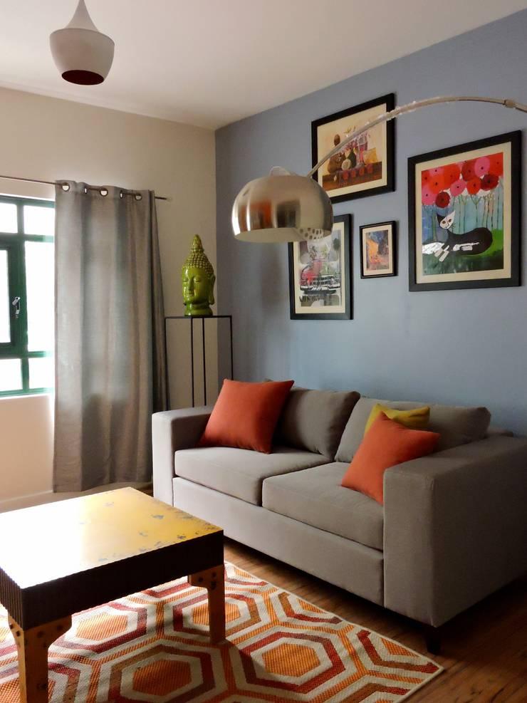 Sala House Staging:  de estilo  por Ana Valdés Interiores
