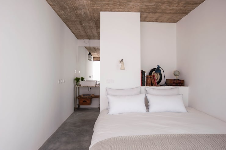 Bedroom by atelier Rua - Arquitectos