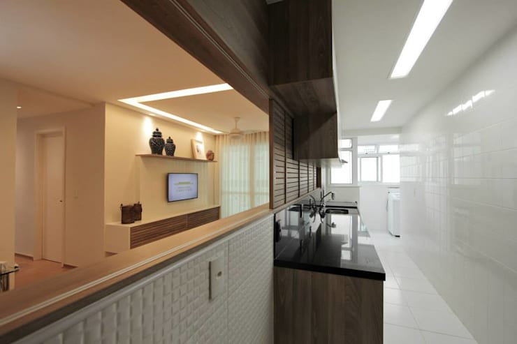 Apartamento Campo de São bento: Cozinhas  por Muniz e Gaby Interiores