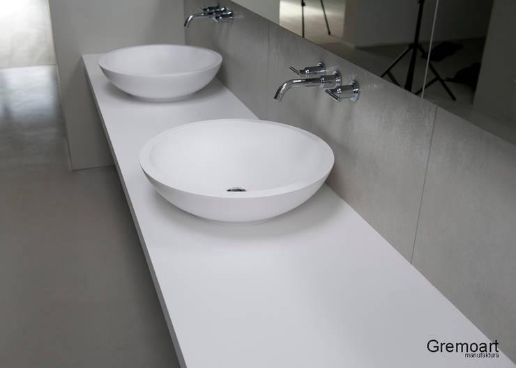 Umywalka nablatowa okrągłą: styl , w kategorii  zaprojektowany przez Gremo art,Nowoczesny