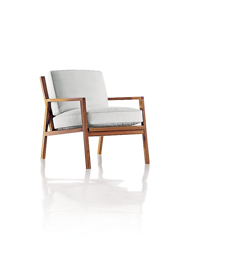 Poltrona AIXO: Sala de estar  por LLUSSÁ Mobiliário de design