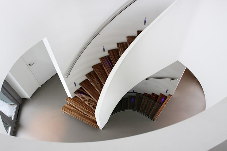 Eestairs wenteltrappen von eestairs stairs and balustrades homify