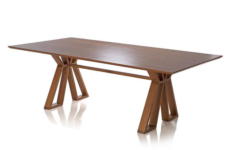 Mesa PLE: Sala de jantar  por LLUSSÁ Mobiliário de design
