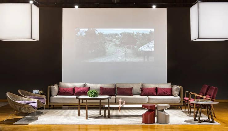 Anexo Gazeta do Povo - Lounge Haus: Locais de eventos  por Yara Mendes Arquitetura e Decoração