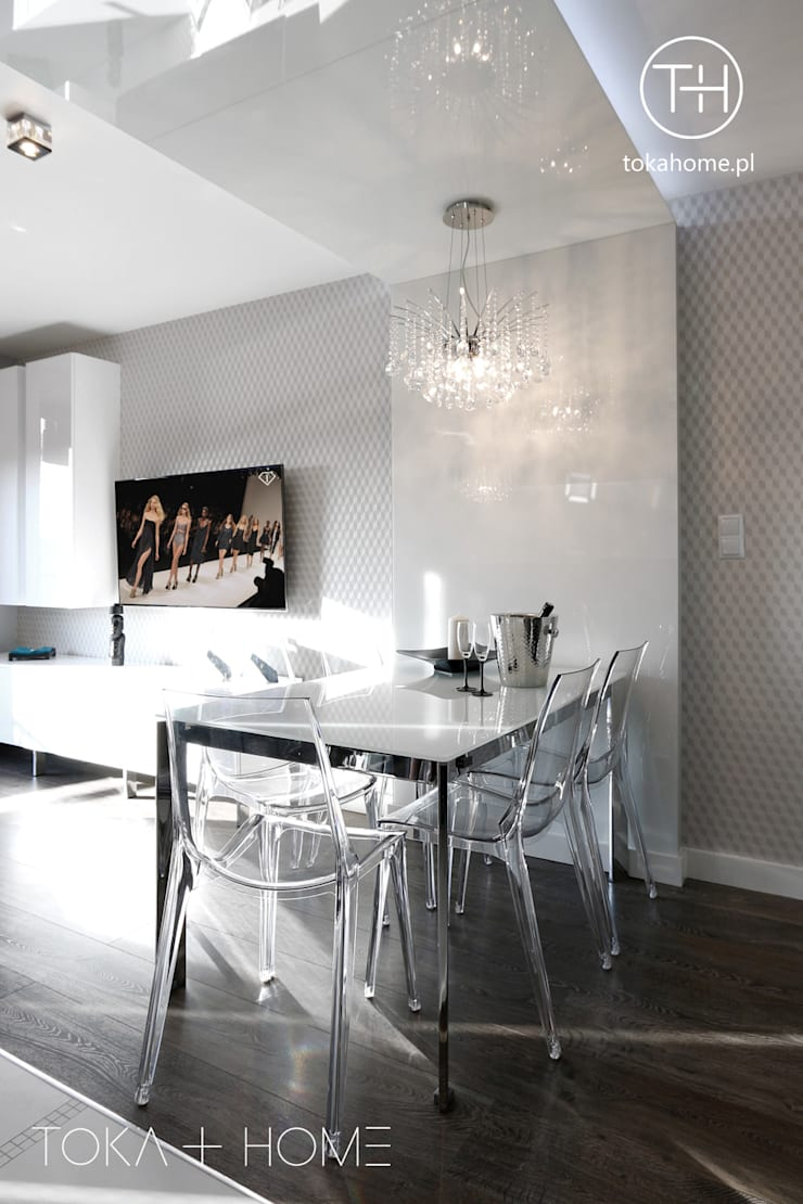 Salas de estilo moderno de TOKA + HOME Moderno