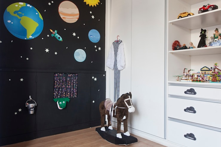Nursery/kid's room by Nina Moraes Design Infantil