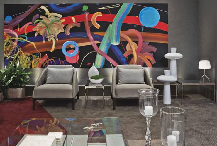 Morar com Arte: Salas de estar  por Yara Mendes Arquitetura e Decoração