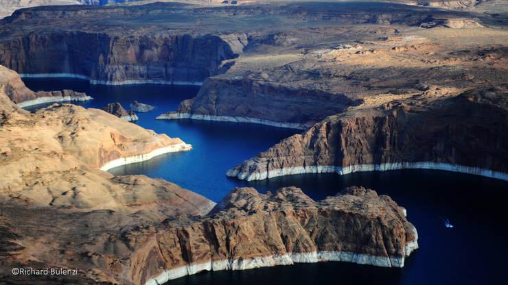 Navajo Canyon: Casa  por INSIDHERLAND