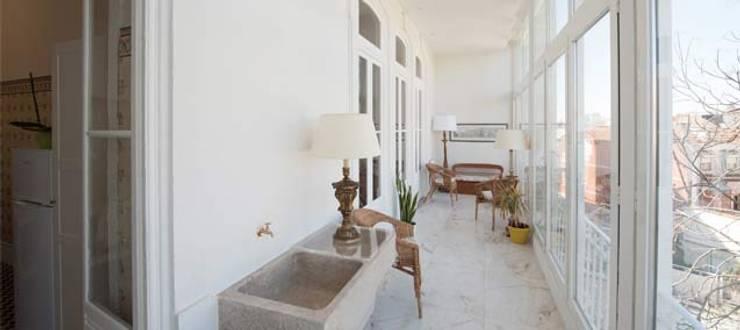 Zona comum após a nossa interevenção:   por Miguel Ferreira Arquitectos