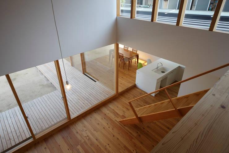House in Yamatokoriyama: Mimasis Design/ミメイシス デザインが手掛けたリビングです。