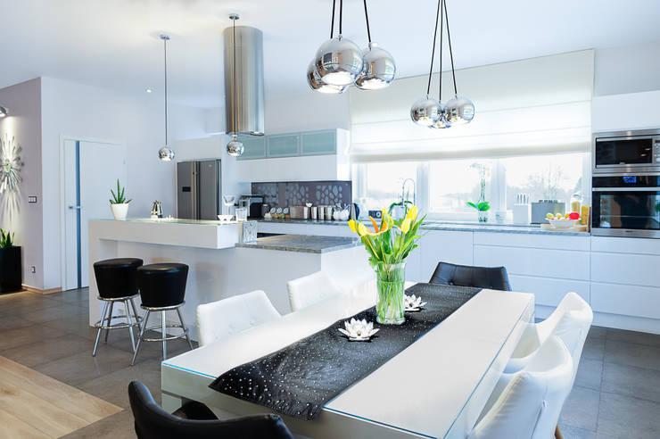 mieszkanie- Połczyn Zdrój: styl , w kategorii Kuchnia zaprojektowany przez Kameleon - Kreatywne Studio Projektowania Wnętrz