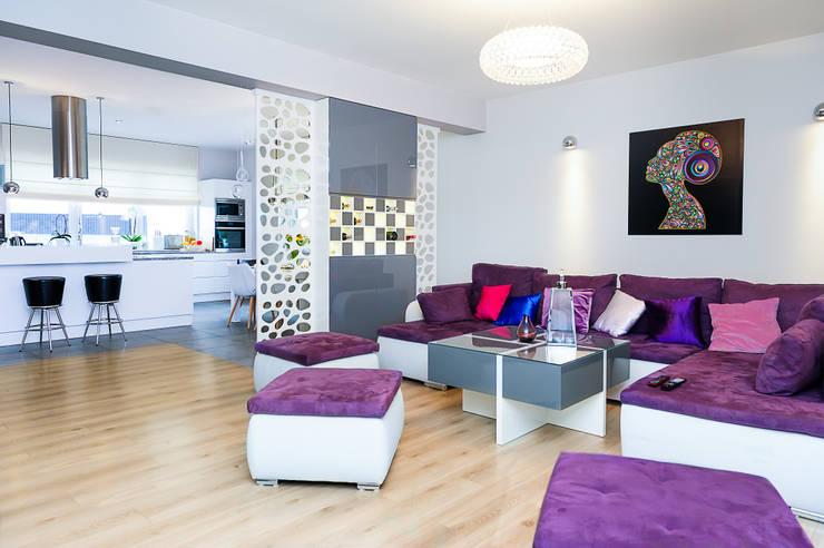 mieszkanie- Połczyn Zdrój: styl , w kategorii Salon zaprojektowany przez Kameleon - Kreatywne Studio Projektowania Wnętrz