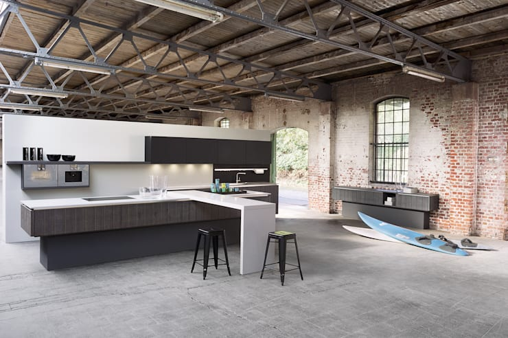 See some of our German branded kitchens! Effortless style for your dream kitchen! : modern Kitchen by PTC Kitchens