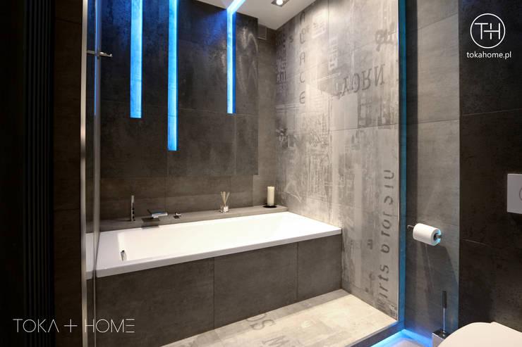 Ванные комнаты в . Автор – TOKA + HOME