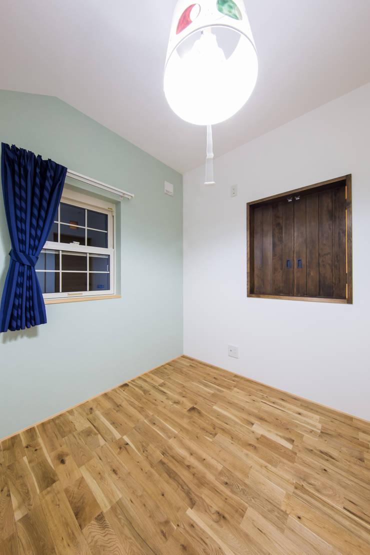 松原の家。: 株式会社ルティロワ 一級建築士事務所が手掛けた子供部屋です。