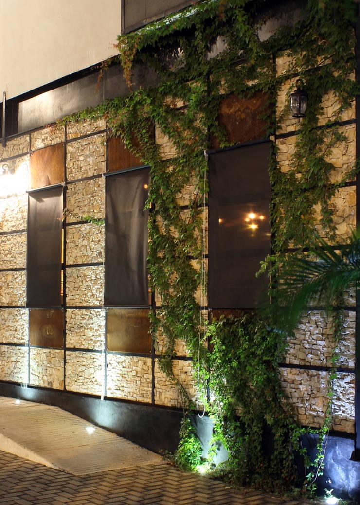 ALMÍBAR: Restaurantes de estilo  por STUDIO 360