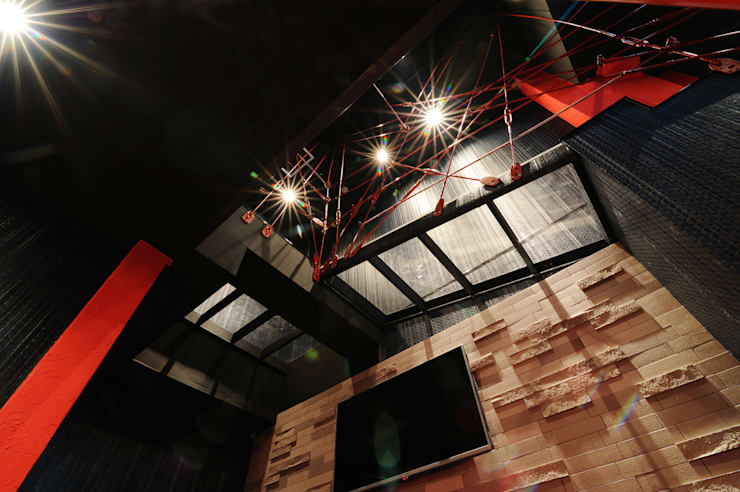 R – bar: eundo의  상업 공간