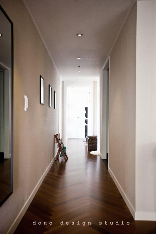 Corridor & hallway by 도노 디자인 스튜디오, Modern