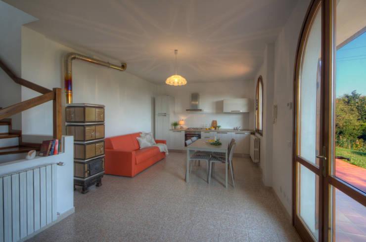 Dining room by Emilio Rescigno - Fotografia Immobiliare