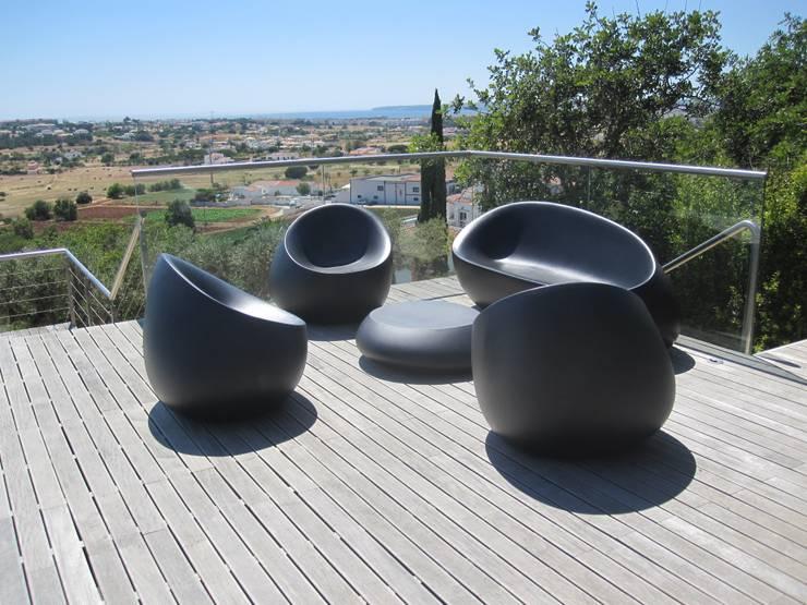 Projecto MH – Albufeira: Terraços  por Smokesignals - Home & Contract Concept Lda