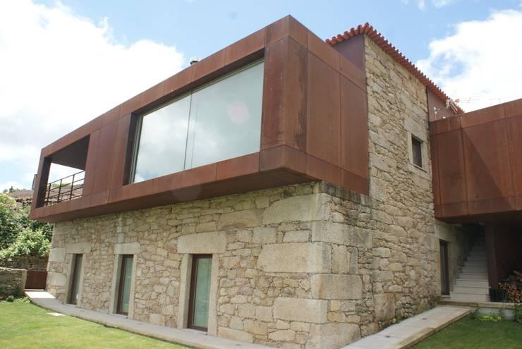 SOLAR Séc. XVIII - Recuperação e Reabilitação:   por ADVD atelier arquitectura e design
