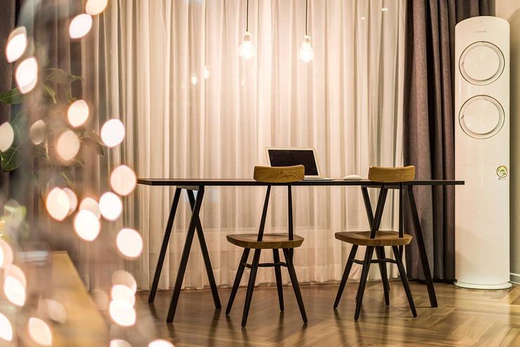 Столовые комнаты в . Автор – 아르떼 인테리어 디자인, Модерн