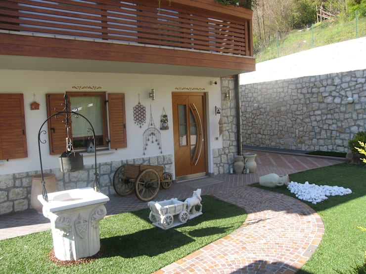 rustic Houses by STUDIO ABACUS di BOTTEON arch. PIER PAOLO
