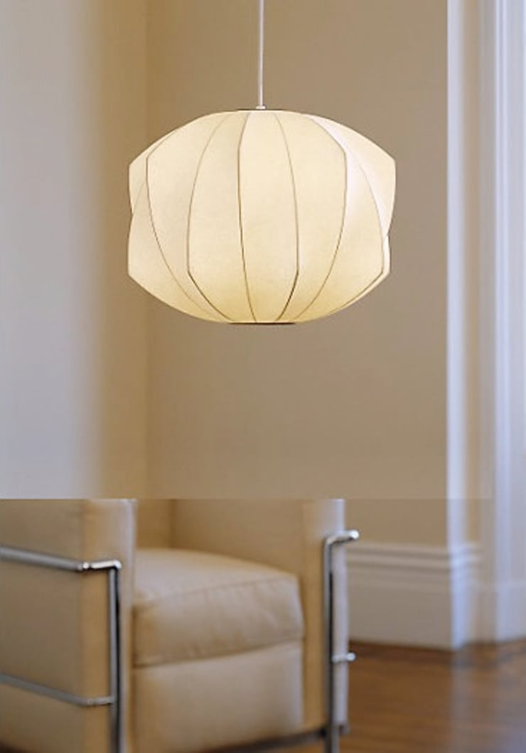 Nelson Bubble Lamps  : Salas de estilo  por Design Within Reach Mexico