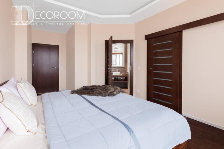 Chambre de style  par Decoroom,