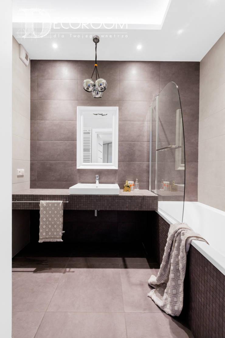 Salle de bains de style  par Decoroom,