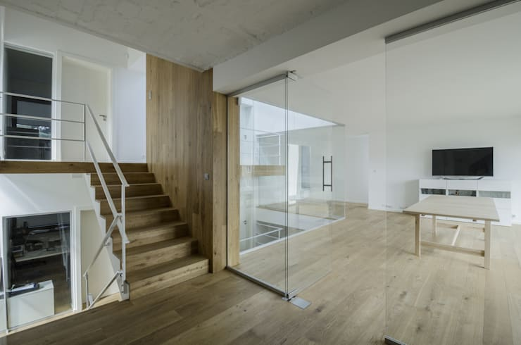 Study/office by PAWEL LIS ARCHITEKCI