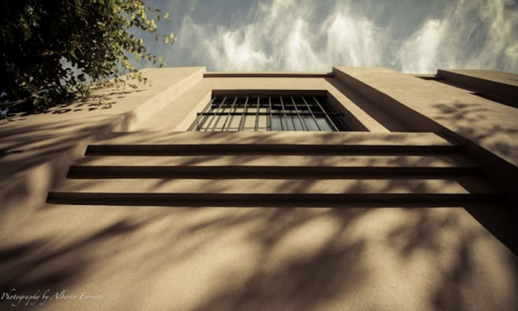 Ventanas de estilo  por Radrizzani Rioja Arquitectos