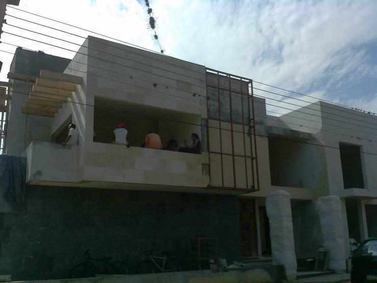 Remodelación Casa ACV:  de estilo  por Neutral Arquitectos