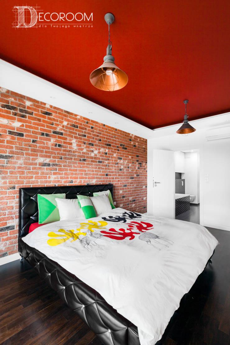 męskie mieszkanie: styl , w kategorii Sypialnia zaprojektowany przez Decoroom,Nowoczesny