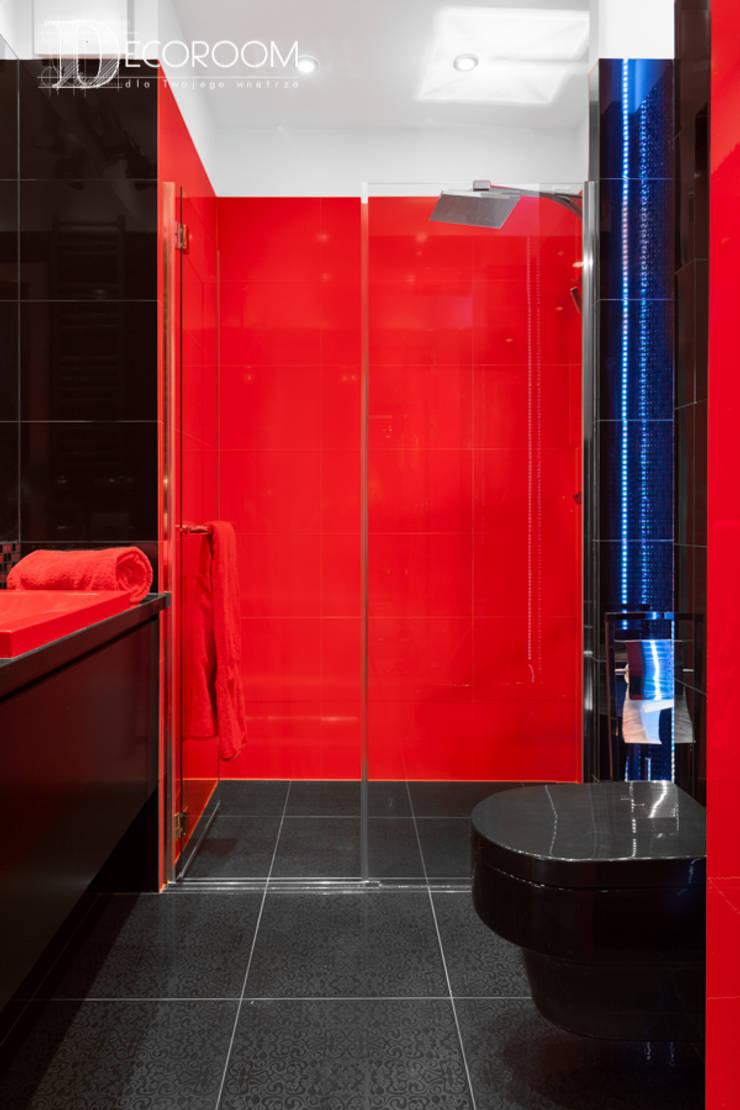 męskie mieszkanie: styl , w kategorii Łazienka zaprojektowany przez Decoroom,Nowoczesny