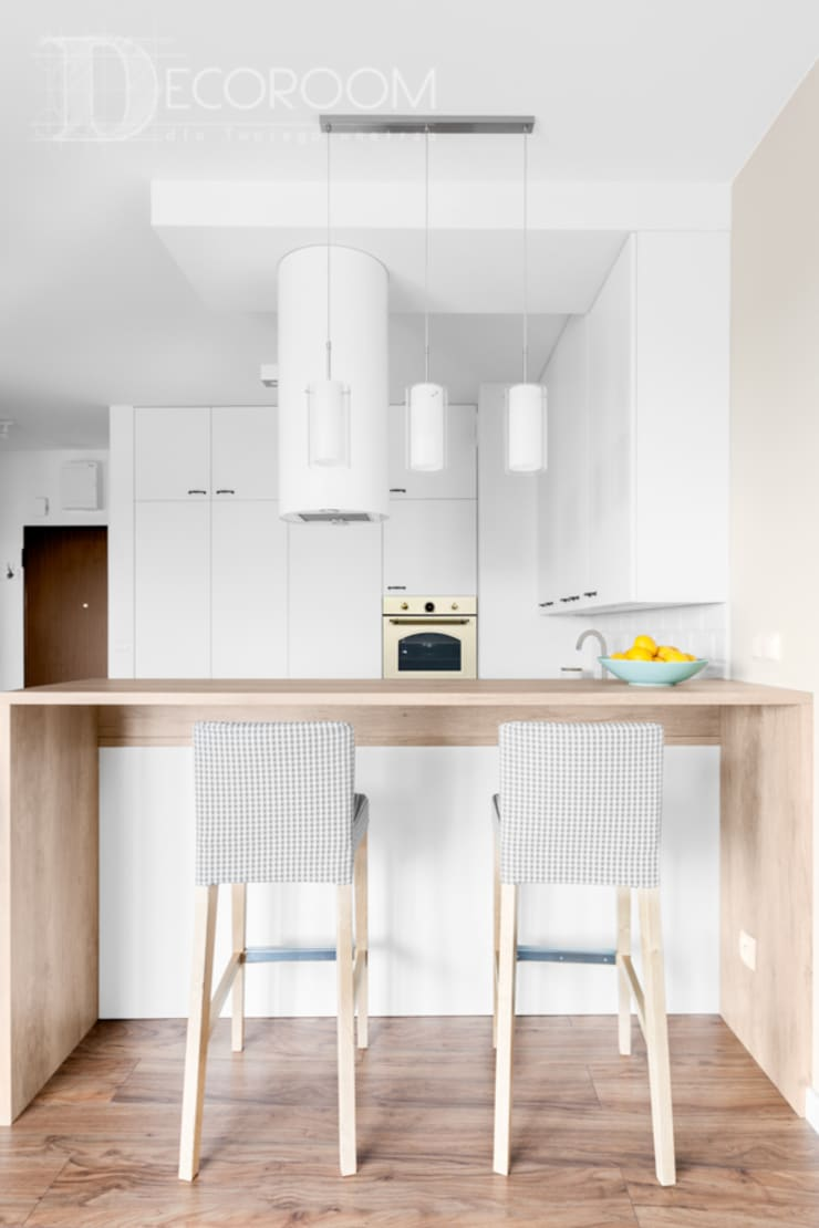 delikatne wnętrze: styl , w kategorii Kuchnia zaprojektowany przez Decoroom