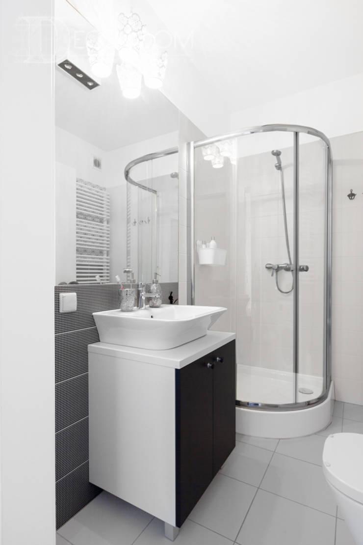 delikatne wnętrze: styl , w kategorii Łazienka zaprojektowany przez Decoroom
