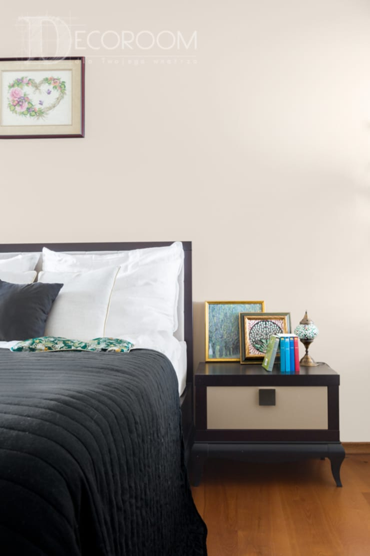 Modern Bedroom by Decoroom Modern