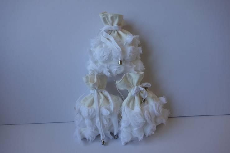Przechowywanie smoczków, gryzaków. Woreczek na pieniądze na prezent.: styl , w kategorii  zaprojektowany przez Styl i Wnętrze,Śródziemnomorski