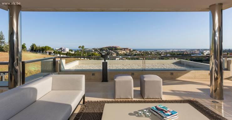 Los Arrayanes: Terrasse de style  par XLC