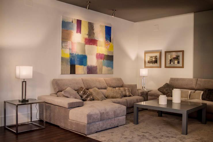 Salas de estilo  por SENZA ESPACIOS