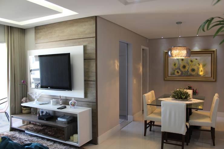 Reforma em apartamento – Águas Claras:   por Amanda Beatriz Arquitetura e Interiores