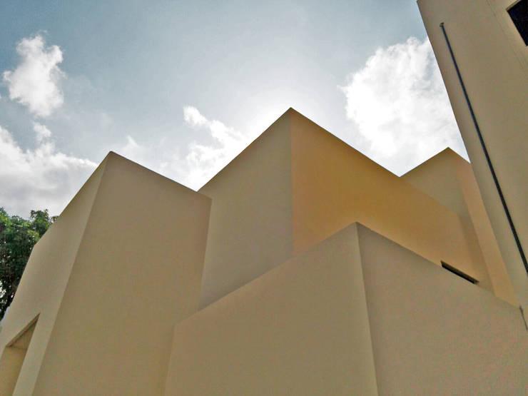 Casa Sta.Elena: Casas de estilo  por Constructora e Inmobiliaria Catarsis